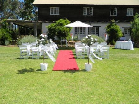 Wedding_FB House Garden.JPG