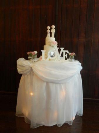 Wedding_cake table.JPG