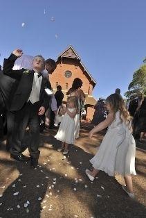 Wedding_confetti.jpg