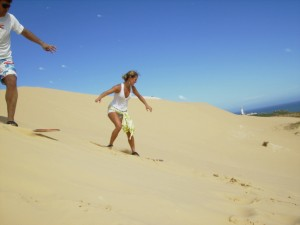 Woman_sandboarding_2